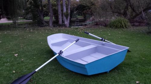 8'-dinghy-row-boat-light-blue