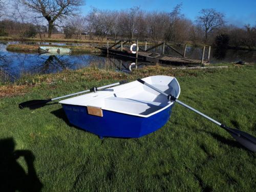 8ft-blue-dinghy