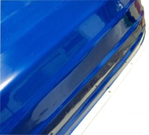 clinker-style-dinghy-close-up