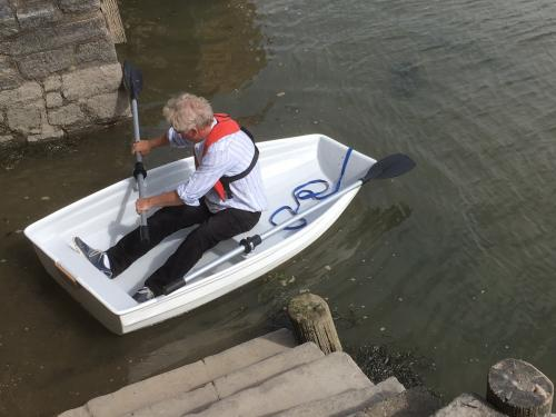 launching_the_dinghy