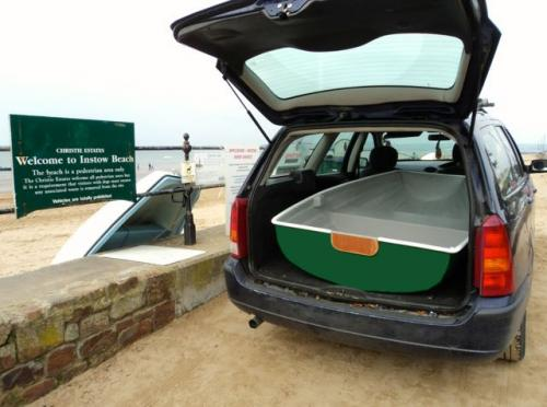 pram-dinghy-in-car